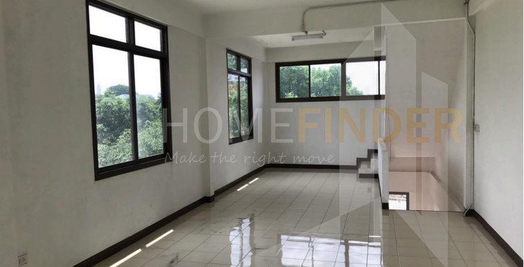 Commercial Building 78sqm 30k (2)
