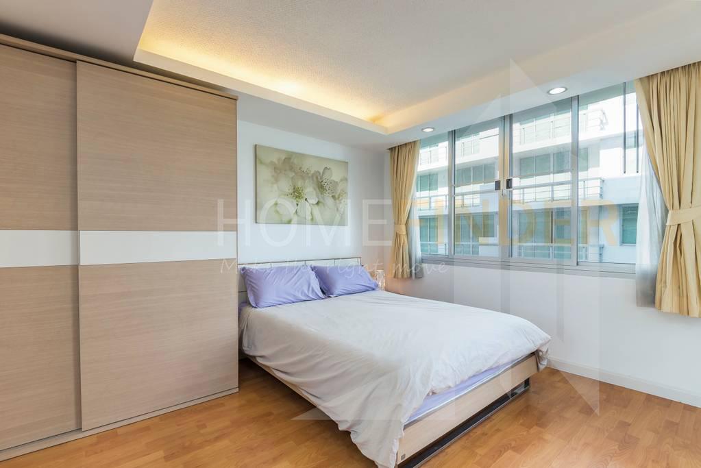Waterford Sukhumvit50 condominium