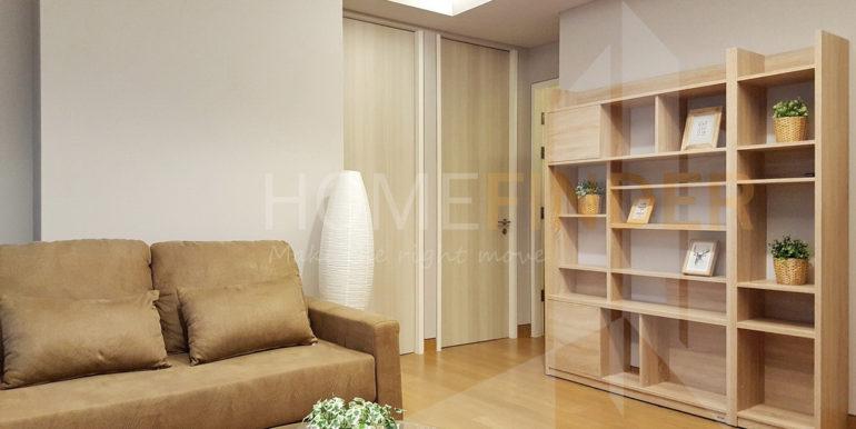 3.LIVING ROOM