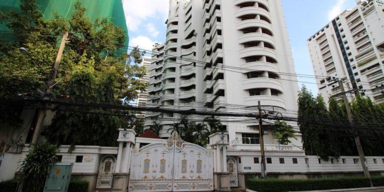 raj-mansion-condo-bangkok-56e7cdf96d275e2f15000058_full
