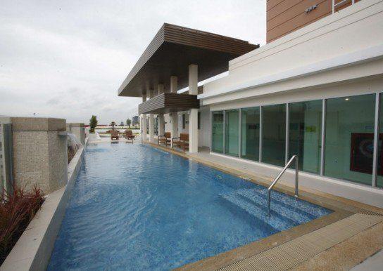 life-phahon-18-condo-bangkok-51193130ef23779f3d000bf8_full