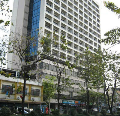 richy-tower-condo-bangkok-59e6c6f5a12eda134b000052_full