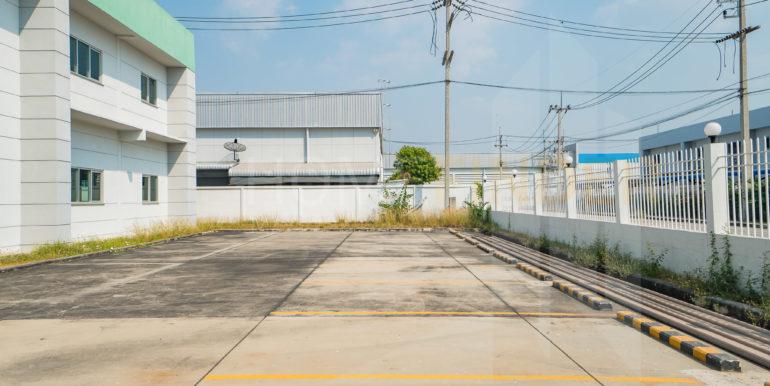 Amata Factory BG27-25